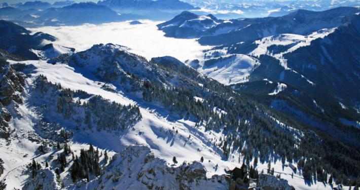 Hochalpine winterliche Gipfellandschaft vom Wendelstein aus gesehen